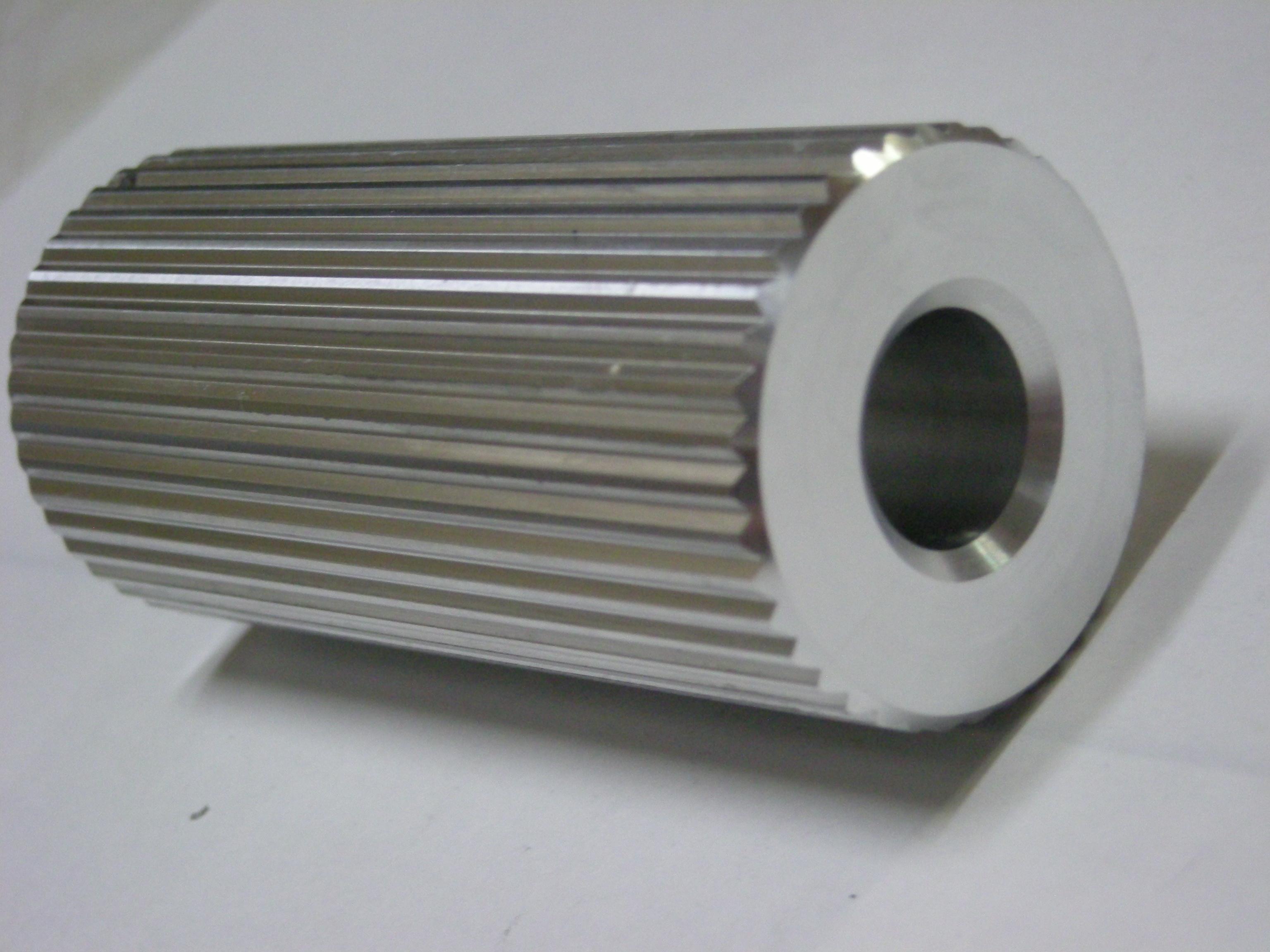 ギア加工(平目ローレット加工)製品:A6061使用 - 株式会社 東海精機